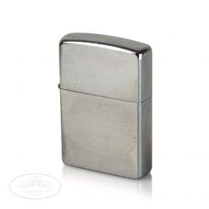 Zippo Standard Finish Lighter-www.cigarplace.biz-20